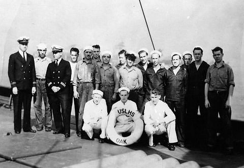 The Oak's officers and crew