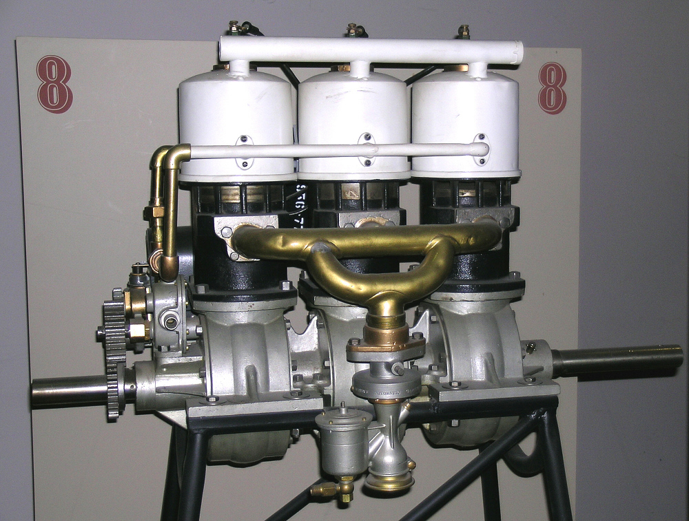 Elbridge Featherweight, In-line 3 Engine