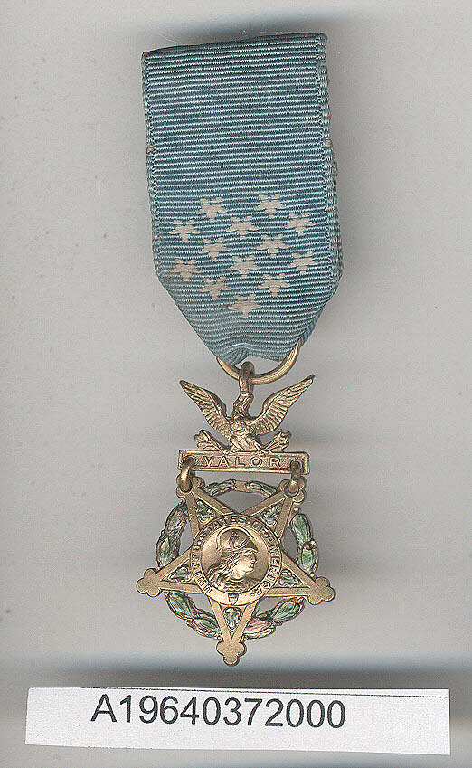 Medal, Medal of Honor - United States Army,Cylinder, Hydraulic Actuating