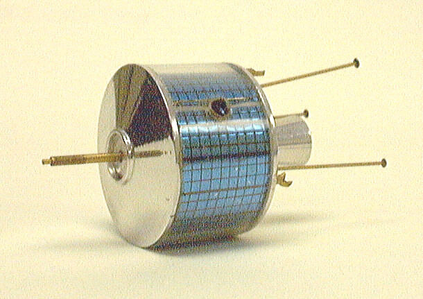 Model, Communications Satellite, Syncom