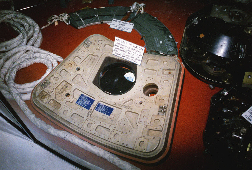 Hatch, Apollo 10