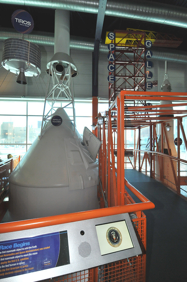 Command Module, Apollo, Emergency Egress Trainer