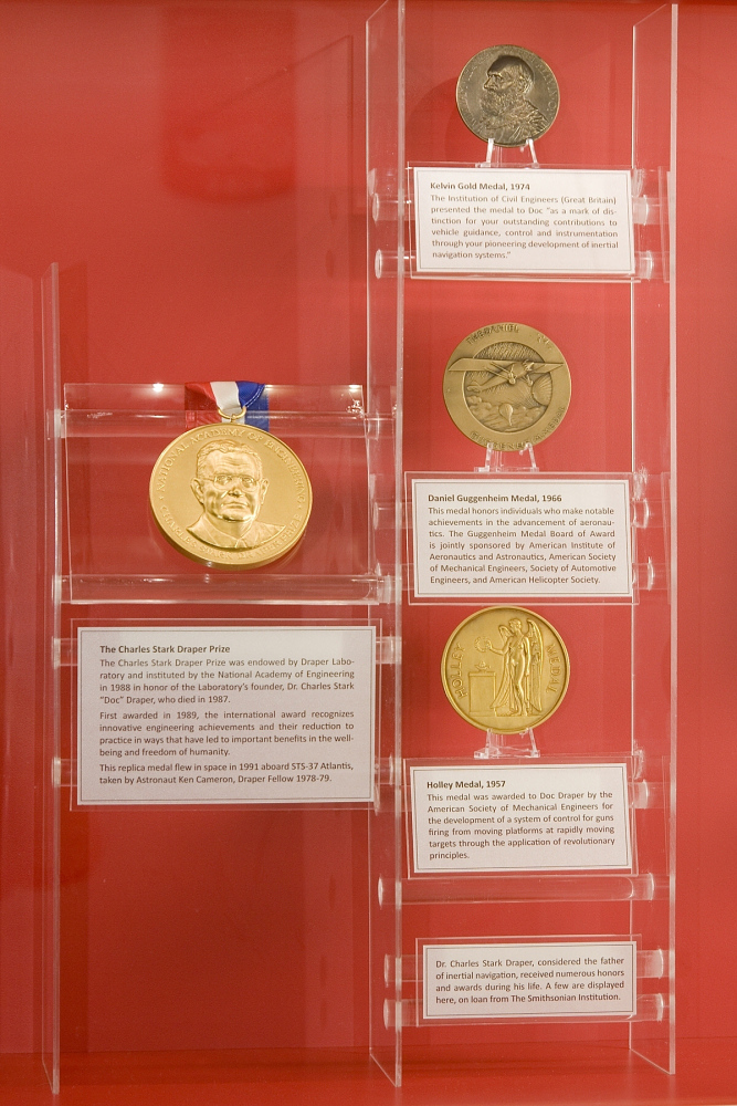 Medal, Bronze, Daniel Guggenheim, American Institute of Aeronautics