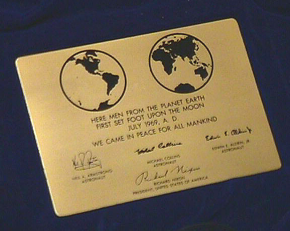 Plaque, Apollo 11, Neil Armstrong