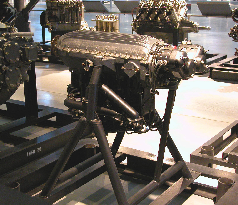 Erco I-L 116 In-line Engine