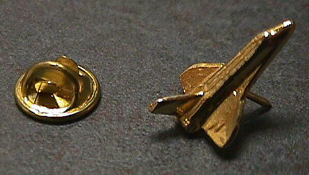 Pin, Lapel, Space Shuttle orbiter, gold-tone,Pin, Lapel, Space Shuttle orbiter, gold-tone