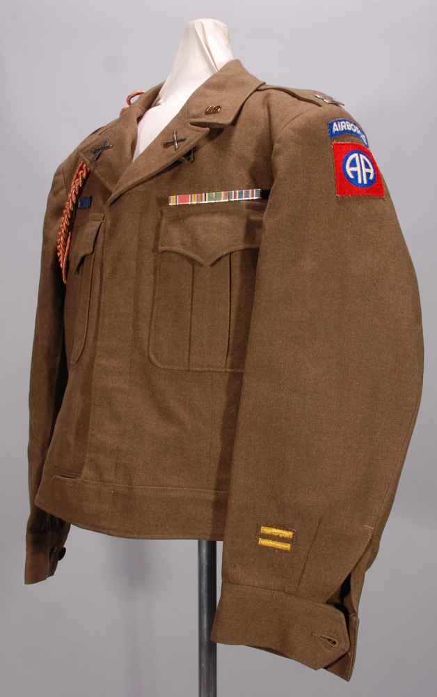 Tunic, Type M1944, Liaison Pilot, 82nd Airborne Division, United States Army