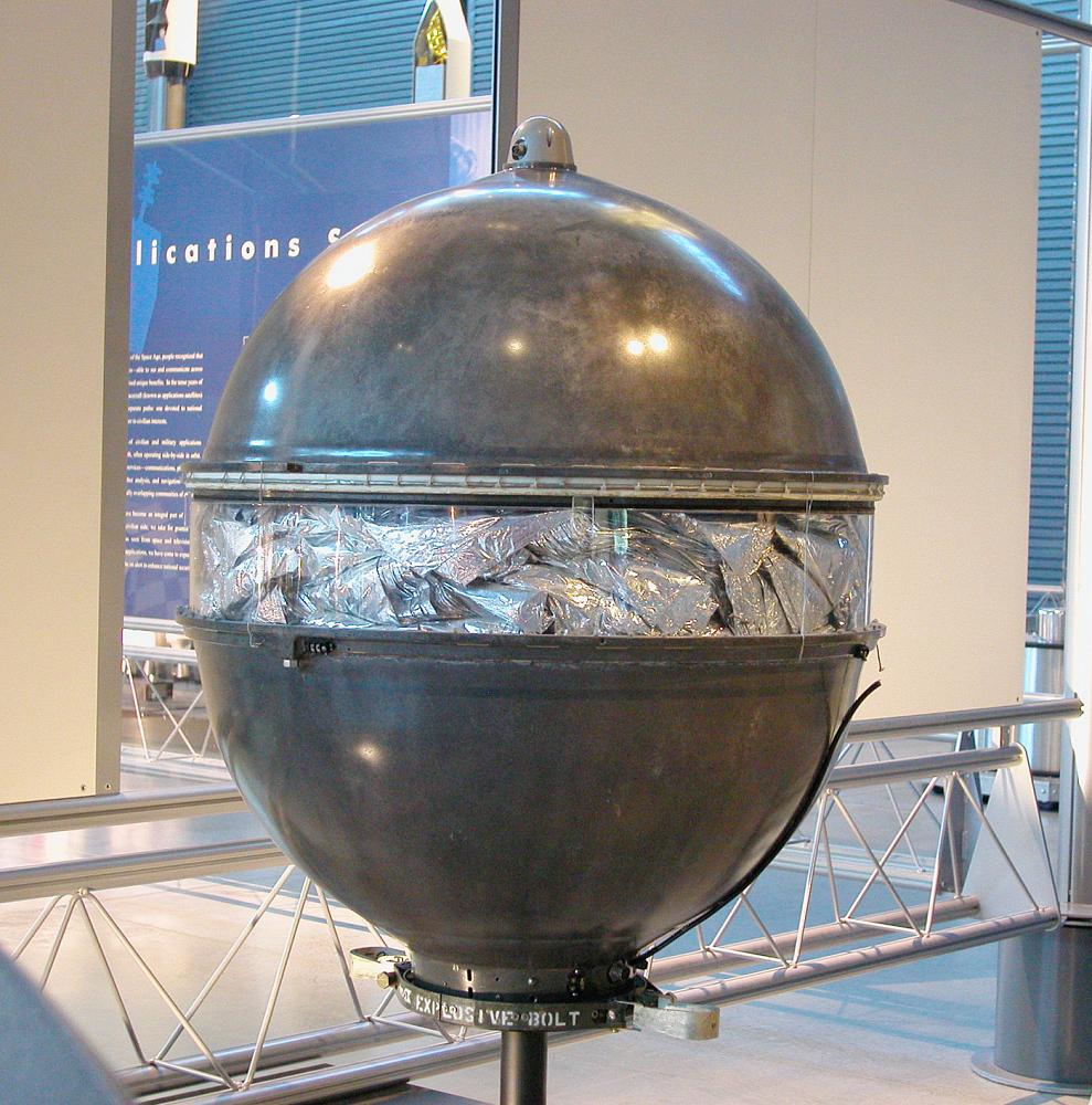 Communications Satellite, Echo 1