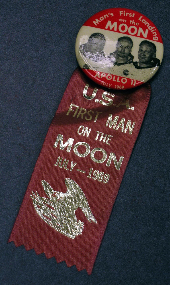 Button, Apollo 11