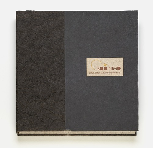 Listen, listen : Adadam Agofomma : honoring the legacy of Koo Nimo by Mary Hark, 2011. Cover. African Art Museum artists' books exhibit research image.