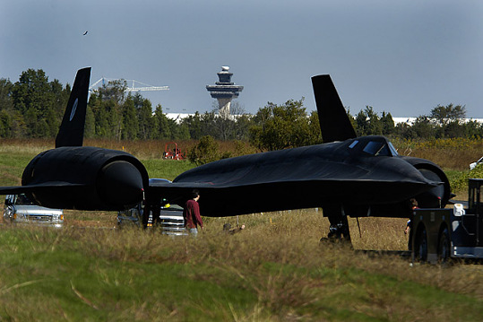 SR-71 Moves to Udvar-Hazy Center