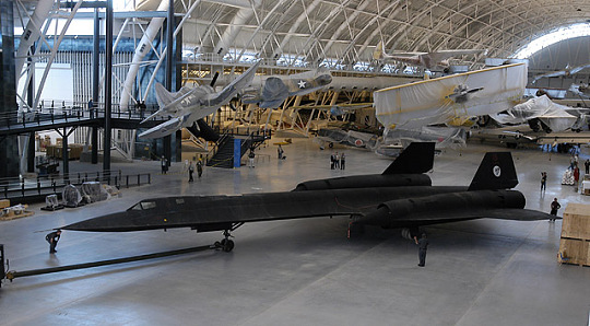 SR-71 Moves Into Udvar-Hazy Center
