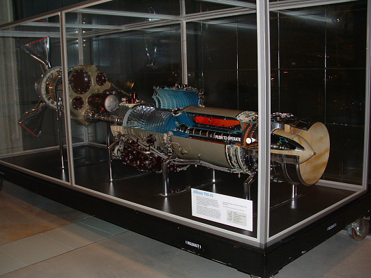 Allison T56-A-1 (501-D13) Turboprop Engine, Cutaway, Motorized