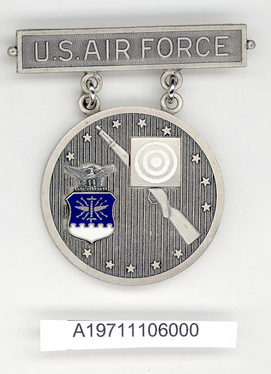 Badge, Non-National Rifleman, United States Air Force