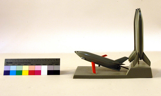 Model,Space Shuttle,General Dynamics/Convair FR-4 2-Stage Triamese Concept