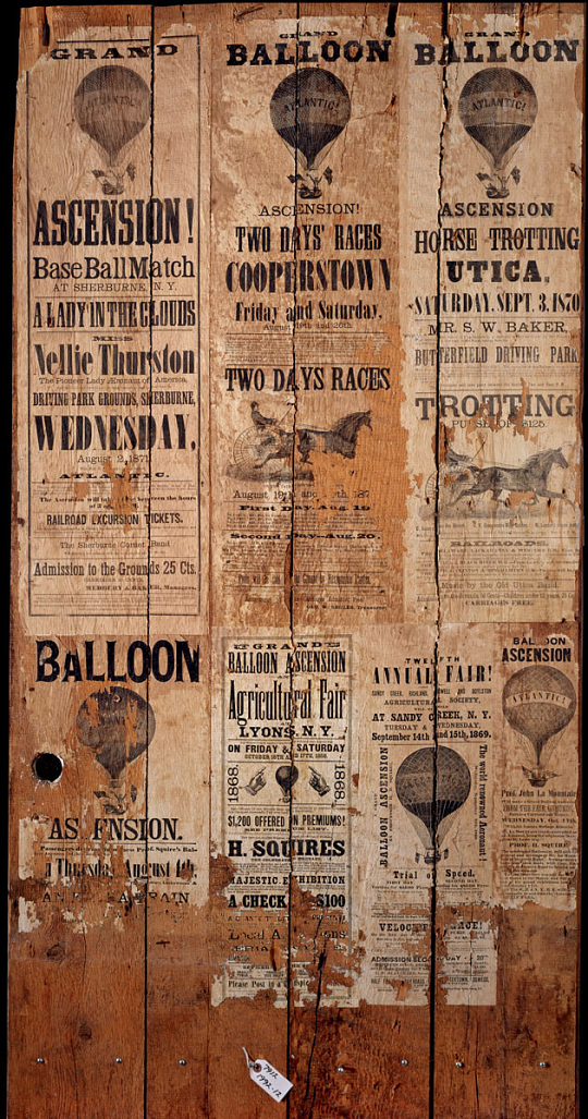 Balloon Poster Wall