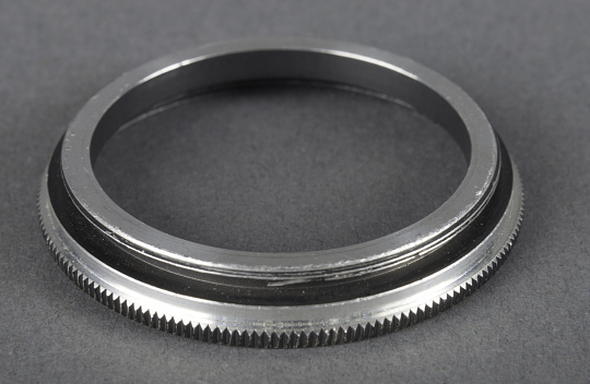 Ring, Bausch & Lomb