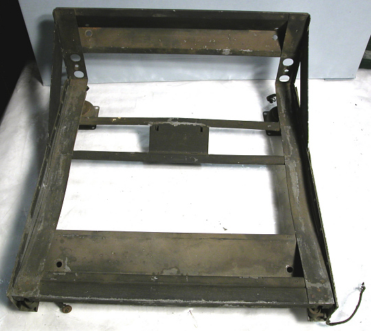 MT-132/APS-2 Mounting Base, AN/APS-15 Radar Equipment