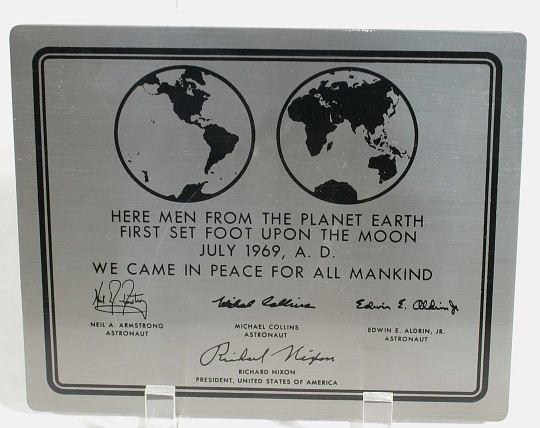 Plaque, Apollo 11, Replica