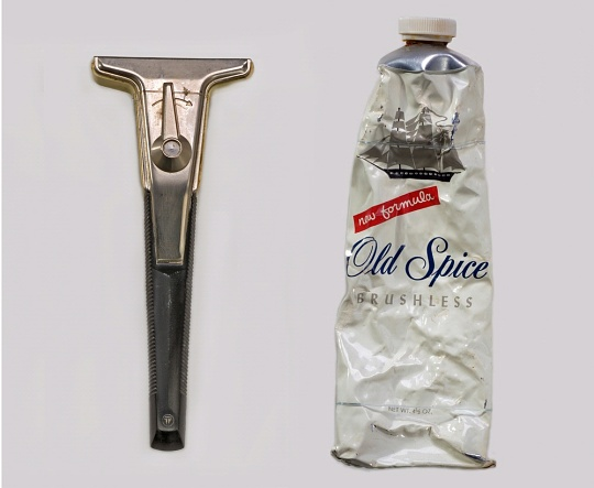 Apollo Razor and Shaving Cream