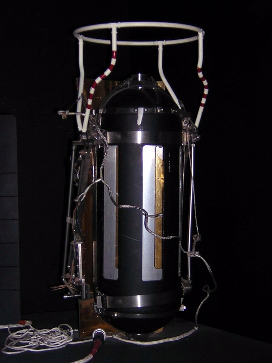 SNAP-27 Radioisotope Thermoelectric Generator