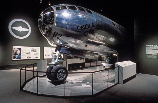 Boeing B-29 Superfortress Enola Gay