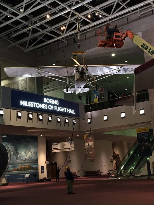 """Spirit of St. Louis"" Lowered in <em>Boeing Milestones of Flight Hall</em>"