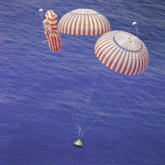 Apollo 15 Splashdown - Failed Parachute