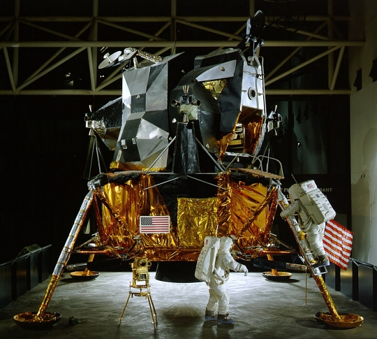 Lunar Module 2 Disassembly and Move
