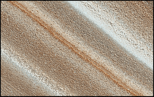 Colorful Deposits on Mars