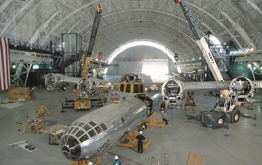 <em>Enola Gay</em> Assembly at Steven F. Udvar-Hazy Center