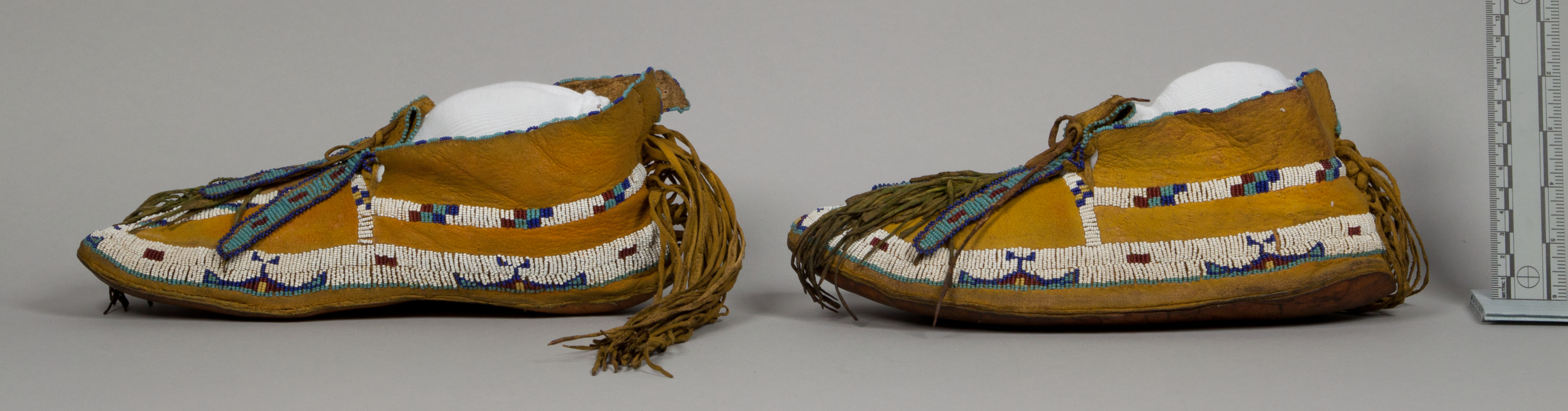 Beaded/Painted Moccasins (Pair)