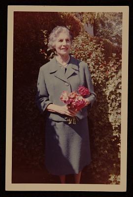Mabel Alvarez papers, 1898-1987