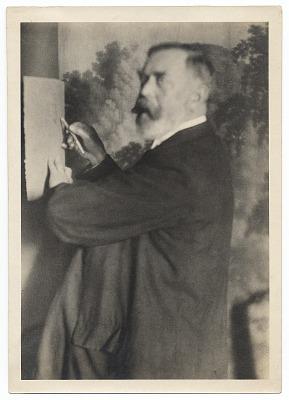 John Singer Sargent sketching