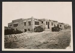 "William Penhallow Henderson's house ""Hen-Cor"" during construction"