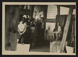 Hans Hofmann teaching a life class at the Hans Hofmann School of Fine Arts