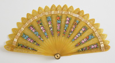 Brisé Fan with Kaleidoscope