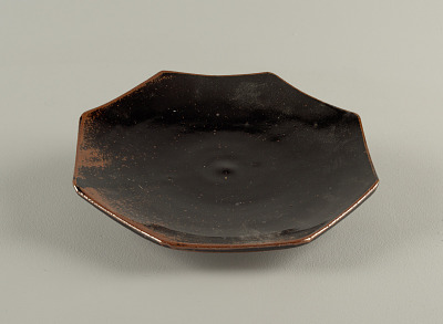Plate, side