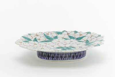 Nabeshima ware dish molded in form of spray of cherry blossoms