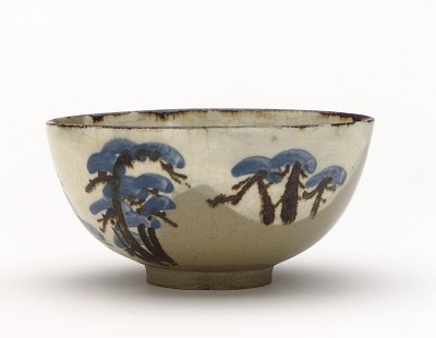Bowl with design of pine trees