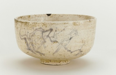 Tea bowl with design of bird on plum branch