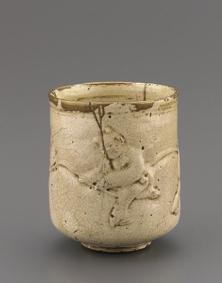 Satsuma ware cylindrical cup for steeped tea