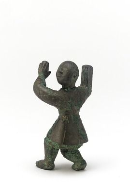 Figure of an entertainer