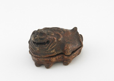 Incense container in shape of Chinese lion-dog