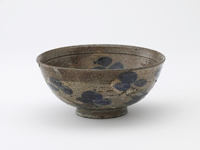 Serving bowl with Kenzan style decoration, unknown Kyoto workshop