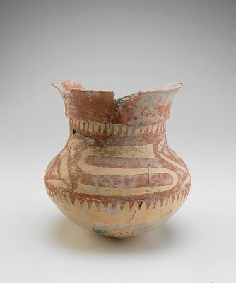 Vessel with round pottom