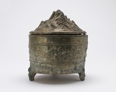 Tomb vessel with lid (