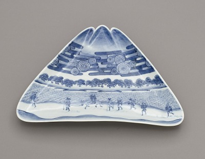 Dish in the form of Mt. Fuji, with Miho no matsubara