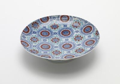 Nabeshima ware dish in five-sun size