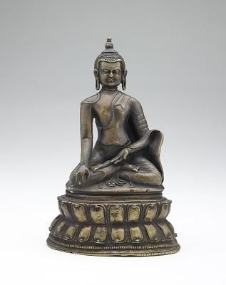 Shakyamuni (or possibly Akshobhya) Buddha